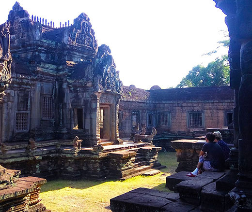 Cambodia budget tours for backpackers!